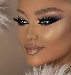 Fancy Makeup, Prom Makeup Looks, Glamour Makeup, Creative Makeup Looks, Sexy Makeup, Beauty Makeup, Hair Makeup, Brown Skin Makeup, Blue Eye Makeup