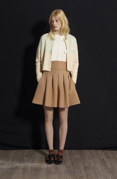 Mademoiselle Tara Fall Winter 2013/14 #MAD #tarajarmon #FW1314 #cardigan #white #shirt