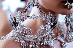 girlannachronism: Givenchy spring 2012 couture behind the scenes