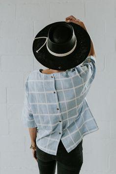 Button Back Linen Top | ROOLEE