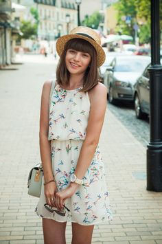 14 Ways to Wear a Summer Straw Hat: Shot for Animal Arithmetic, via Chictopia.