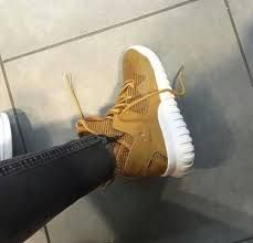 Resultado de imagem para beige-tubular-x-shoes