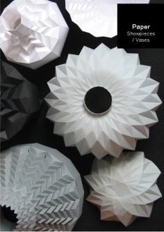 Designer Romy Kuhne designed these origami-inspired paper vases. Paper Vase, 3d Paper, Paper Crafts, Diy Crafts, Origami And Kirigami, Origami Lamp, Origami Paper, Paper Engineering, Idee Diy