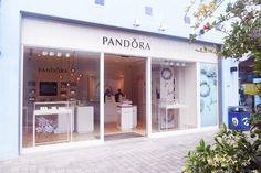 PANDORA abre en el Centro Comercial Plaza Mayor de Málaga - Plaza Mayor #Accesorios, #Centro_Comercial_Plaza_Mayor, #Charms, #Joyería, #Málaga, #Moda, #Nueva_Apertura, #Pandora, #Plaza_Mayor, #Tienda