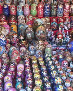 Russian dolls ❤️ #russiandolls  #moscow #russia #redsquare #travel…