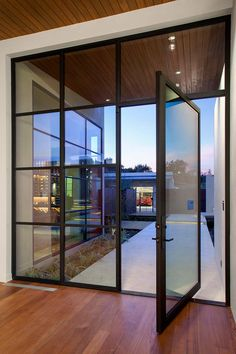 Rehme provides a large selection of steel windows and doors. Available exclusively through our trusted dealers. Browse our gallery to get inspiration for your project.