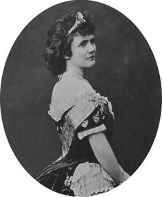 The Princess Elisabeth of Wied She was the daughter of Sovereign Prince Hermann and his wife, The Princess Marie of Nassau. She was Sovereign Princess of Romania and Queen of Romania as the wife of King Carol I. She had no surviving children.
