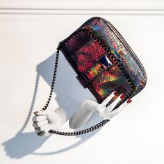 A Pionerring and creative spirit forms part of London-based accessories designer Barbara Bonners's DNA. Bag Making, Shoulder Bag, Handbags, Creative, Womens Fashion, Closet, Accessories, Shopping, Totes