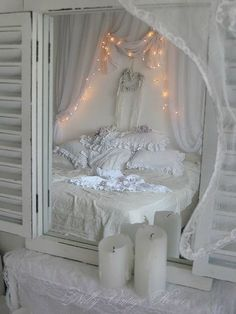 Marvelous 30 Shabby Chic Bedroom Decorating Ideas – www. The post 30 Shabby Chic Bedroom Decorating Ideas – www. appeared first on Poll Decor . Baños Shabby Chic, Cocina Shabby Chic, Shabby Chic Bedrooms, Shabby Chic Kitchen, Vintage Shabby Chic, Shabby Chic Furniture, Furniture Vintage, Country Kitchen, Painted Furniture