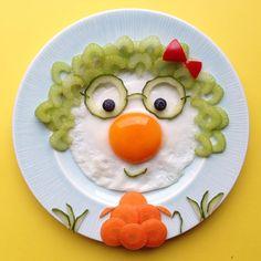 Grandma breakfast by 🌸ELSA🌸 (Creative-Fun) - Calculating Infinity Toddler Meals, Kids Meals, Food Art For Kids, Art Kids, Creative Food Art, Childrens Meals, Food Decoration, Food Crafts, Food Humor
