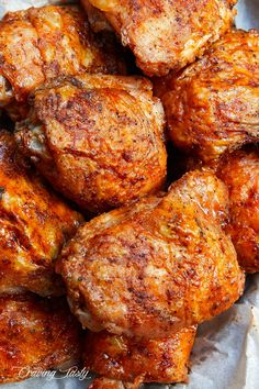 These oven-fried chicken thighs are extra crispy on the outside and very tender and juicy on the inside. There isn& a better baked chicken thigh than this. Deep Fried Chicken Thighs, Oven Baked Chicken Thighs, Crispy Oven Fried Chicken, Chicken Thigh Marinade, Keto Chicken Thighs, Bone In Chicken Thighs, Boneless Skinless Chicken Thighs, Chicken Thights Recipes, Oven Chicken Recipes