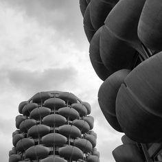 Les Choux de Créteil, Creitel, France, built between 1969-74, Architect Gérard Grandval Brutalist, Food To Make, The Past, Architecture, Shapes, Collection, Sprouts, Arquitetura, Architecture Illustrations