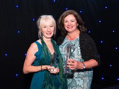 Study Travel Star Awards Super Stars | IALC is ST SuperStar School Assocation | On this photo IALC Executive Director Jan Capper, and IALC President Celestine Rowland - More on http://ialc.org/stm-star-school-association-award/