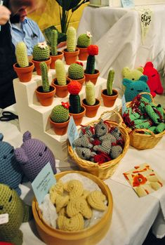 Yes, I will be making these.  Crochet cacti!!