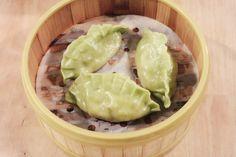 Höyrytettyjä jiao ji - kasvistäytteisiä pinaattinyyttejä 5€/3kpl