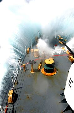 I have seen those kind of waves! Photos of Navy ships in rough sea weather : theBRIGADE