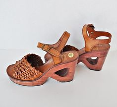 1970s sz 6 Cutout Wood Heel Woven Top Sandals from Just Vintage   $SOLD