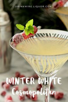From Christmas to New Years, the Winter White Cosmopolitan is the beautiful #winter #cocktail suitable for celebrating all winter long! The holidays needed a twist on this classic #vodka drink.