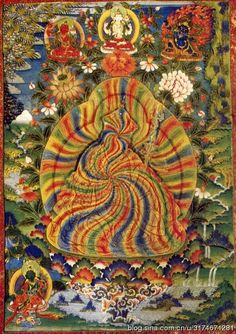 莲花生大师虹化图。密宗修行者在打坐结印闭目观想这位大师时,会看见大师化作一团彩虹,此唐卡记录了幻化为彩虹形象的莲花生,是出自修行者的真实感受。