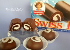 Little Debbie Swiss Rolls Cake Pops - Pint Sized Baker Swiss Roll Cakes, Swiss Cake, Brownie Pops, Cookie Pops, Cosmic Brownies, Chocolate Candy Melts, Cute Snacks, Cupcakes, Party Cakes