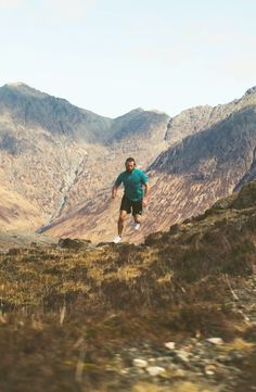 These guys run the stunning isle of skye. Trail running at its best!