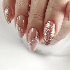 The advantage of the gel is that it allows you to enjoy your French manicure for a long time. There are four different ways to make a French manicure on gel nails. The choice depends on the experience of the nail stylist… Continue Reading → New Year's Nails, Gel Nails, Acrylic Nails, Xmas Nails, Dark Nails, Halloween Nails, Winter Nails, Spring Nails, Winter Wedding Nails