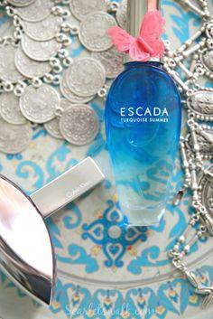 Scarlets Walk - Hyvinvointi, ruoka, sisustus ja hyvä elämä Perfume Bottles, Turquoise, Cosmetics, Summer, Beauty, Ladder, Summer Time, Green Turquoise, Perfume Bottle