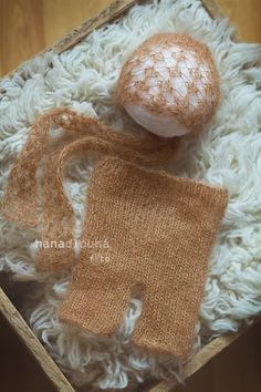 Lace newborn knitted mohair bonnet and pant set by HDfoto on Etsy, $44.00