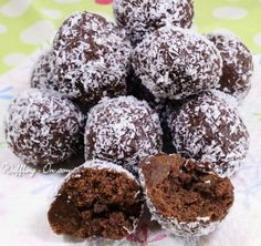 This was made from a failed chocolate sauce recipe, I didn't want to waste the ingredients and this it what became of the sauce.Not quite chocolate fudge balls - - Can condensed milk (I used light.), Dark chocolate, Plain chocolate…