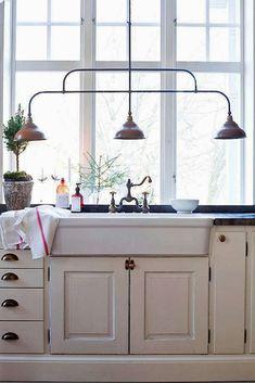 Cottage Kitchen with full backsplash, Flush, Farmhouse sink, Whitehaus Collection Twisthaus Bridge Faucet, Raised panel Kitchen Cabinets Decor, Farmhouse Kitchen Cabinets, Kitchen Cabinet Design, Swedish Cottage, Swedish House, Swedish Style, White Cottage, Big Kitchen, Kitchen Sink