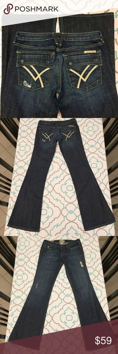 💗💘💙DISTRESSED WILLIAM RAST JEANS FLARE DARK💙💘 💗💘💙26 (1/2). William Rast. Dark wash. Distressed with cute little holes and wear. Excellent Used Condition. Awesome Flare Legs. Cute back flap pockets. Good Stretch! Ask me any questions!💙💘💗 William Rast Jeans Flare & Wide Leg