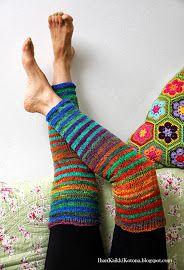 Ihan Kaikki Kotona Knitting Socks, Leg Warmers, Fingerless Gloves, Knitting Patterns, Knitting Ideas, Crafts, Accessories, Joo, Crocheting