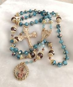 Praying The Rosary, Rosary Catholic, Cross Jewelry, Beaded Jewelry, Beaded Bracelets, Rosary Beads, Prayer Beads, Afghan Loom, Victoria Secret Perfume