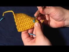 How to Crochet: Surface Crochet. Surface crochet is simply working a series of slip stitches over the surface of a piece or crocheted or knitted fabric. Draw lines, curves, outlines, the only limit is your imagination! Crochet Fabric, Crochet Motifs, Crochet Stitches, Crochet Patterns, Stitch Crochet, Bobble Stitch, Knit Crochet, Crochet Winter, Slip Stitch