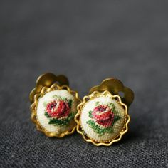 Grandma Rose's earrings. by MademoiselleChipotte on Etsy