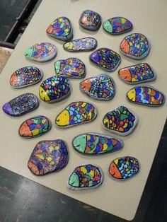 Crayons, gommes et papotages ...: Lecture documentaire : La mer = Arts Plastiques : Peinture sur galets !