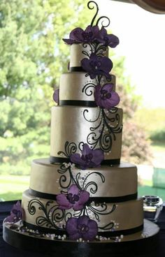 The Ashleigh M- This 5 tier fondant wedding cake is painted in luster for a shiny finish-The orchids are hand sculpted.beautiful although to much for my wedding but I love the style :) Pretty Cakes, Beautiful Cakes, Amazing Cakes, Wedding Wishes, Our Wedding, Dream Wedding, Wedding Ideas, Trendy Wedding, Gothic Wedding