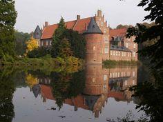 Das Schloss Herten is a moated castle in Herten near Recklinghausen, Nordrhein-Westfalen in Northwestern Germany. It's set within an old English landscape garden; its first mention dates back to 1376. In 1962, the main castle building was declared a...