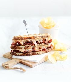 Looking for lunchtime inspiration? Try these delicious cheesy Reuben Sandwiches. Reuben Sandwich, Sandwich Recipes, Seasonal Food, Dessert Recipes, Desserts, Main Meals, Sandwiches, Lunch, Healthy