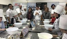 El chef Joan Roca ha impartido, dentro de la Jornada Solidaria de Alta Cocina organizada por la Asociación para las personas con Trastorno del Espectro Autista de Murcia (Asteamur), un tall ...