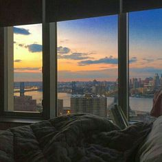Nice view from the apartment - Room Destination Apartment View, Dream Apartment, City Aesthetic, Aesthetic Rooms, Aesthetic Tattoo, Apartamento New York, Appartement Design, Window View, Dream Rooms