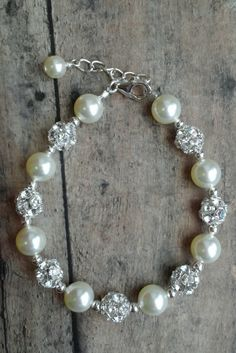 Abby bracelet: Pearl and rhinestone bling bracelet that goes with everything // click to shop this style