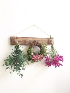 Buy Flowers Online Same Day Delivery Oliviercreema Dried Flower Arrangements, Dried Flowers, Seasonal Decor, Fall Decor, Wedding Wreaths, Flower Stands, Felt Decorations, How To Preserve Flowers, Diy Wreath