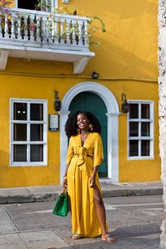 CARTAGENA MOMENTS, PART 1 You are in the right place about Airport Outfit hoodie Here we offer you the most beautiful pictures about the Airport Outfit hawaii you are looking for. When you examine the Black Girl Magic, Black Girls, Look 2017, Black Girl Aesthetic, Vacation Outfits, Vacation Style, Travel Style, Black Women Fashion, Mellow Yellow