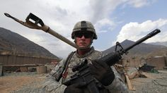 Ex-agent du renseignement US : «L'empire américain essaie de tenir bon, en semant la peur»