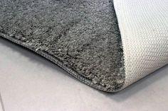 A hagyományos fürdőszobaszőnyegek szín- és mintagazdagságuknak köszönhetően minden fürdőszobába illeszkednek. Csúszásgátló hátoldaluk vizes talajon is meggátolja az elmozdulást!