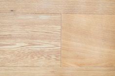 【EcoDecoスタッフ岡野の自邸リノベーション】オーク材のフローリングに、DIYでオイル仕上げを施した。2色のオイルを調合しナチュラルなカラーを編みだしている。#フローリング #オーク #オイル仕上げ #EcoDeco #エコデコ #インテリア #リノベーション #renovation #東京 #福岡 #福岡リノベーション #福岡設計事務所 Bamboo Cutting Board