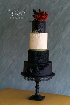 """Midnight Dream"" for the Elegant India Fashion Cake collaboration - Cake by Lulu Goh Black And White Wedding Cake, Black Wedding Cakes, Beautiful Wedding Cakes, Gorgeous Cakes, Pretty Cakes, Amazing Cakes, Wedding Pastel, Gothic Wedding Cake, Gothic Cake"