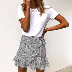 Women Ruffled Leopard Print Skirt Side Zipper Faldas Mujer Basic Streetwear Summer Casual Mini Short Skirts Size S Color Khaki Mode Outfits, Skirt Outfits, Stylish Outfits, Fashion Outfits, Womens Fashion, Club Outfits, Looks Style, Looks Cool, Fashion Week