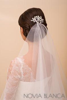 bridal comb with veil www.novia-blanca.pl grzebień kryształowy NOVIA BLANCA